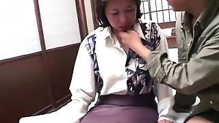 Oriental mother receives nailed